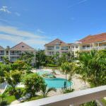 Paradise Island Penthouse Condo For Sale